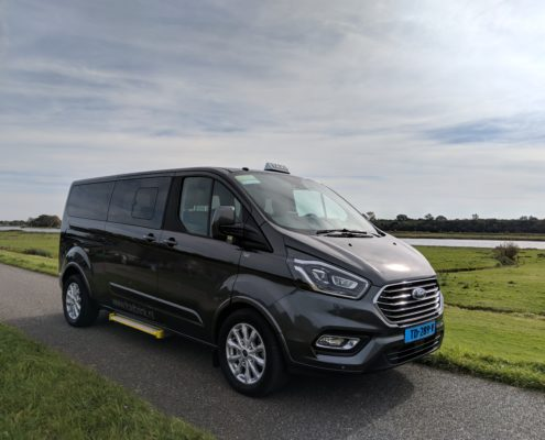 Ford Tourneo Custom Taxi Kampen Groepsvervoer